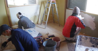 古民家改装DIY漆喰塗り
